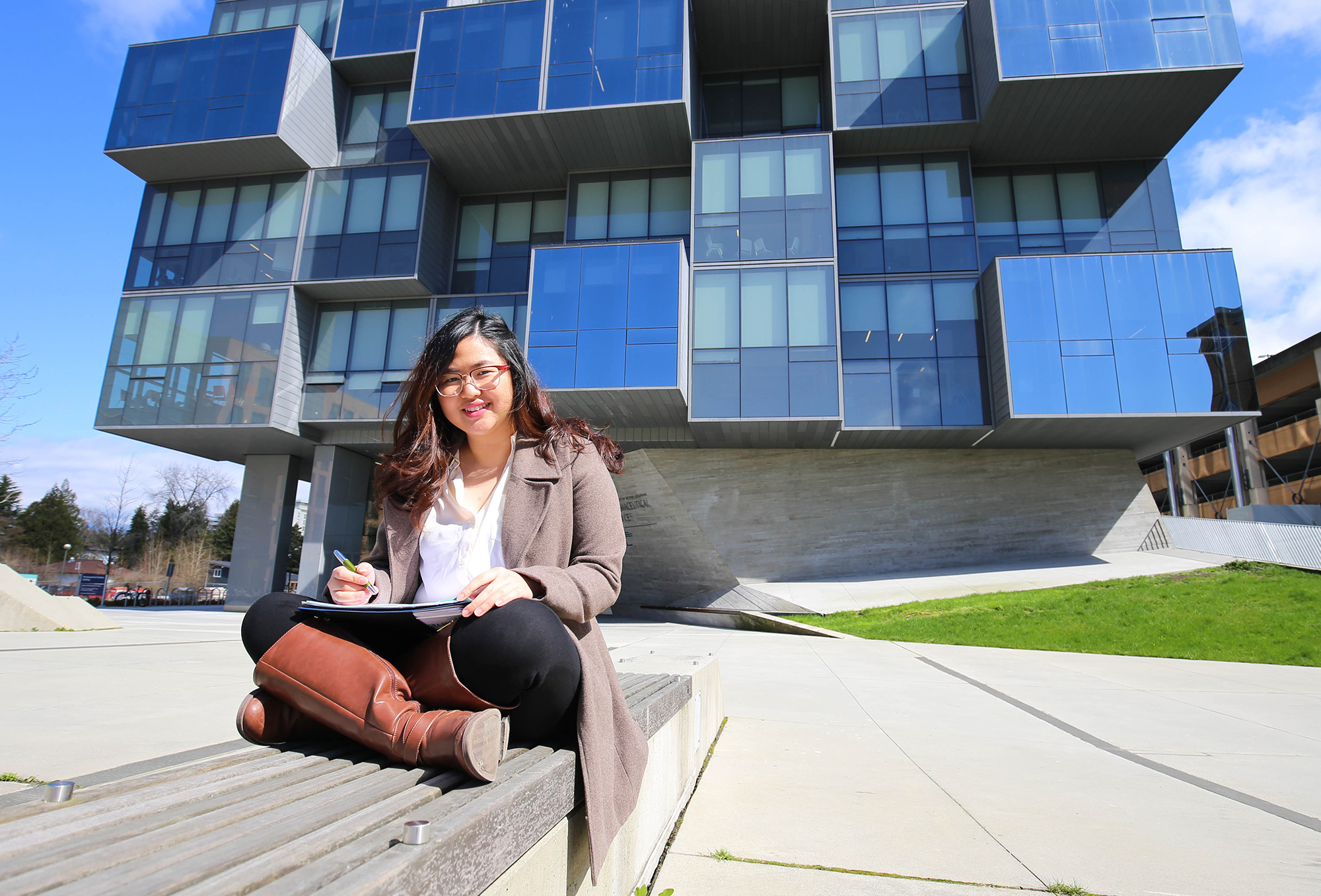 Canadian scholarships for mature students